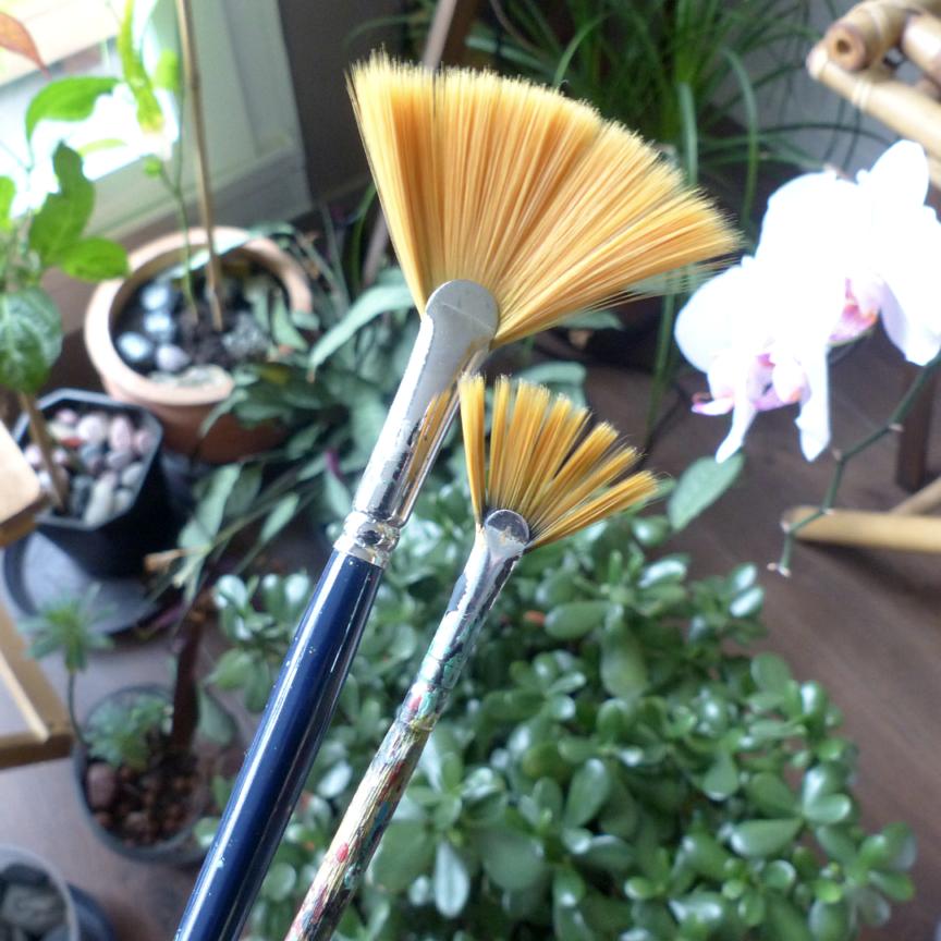 fan-peint-brush-tiphanie-canada
