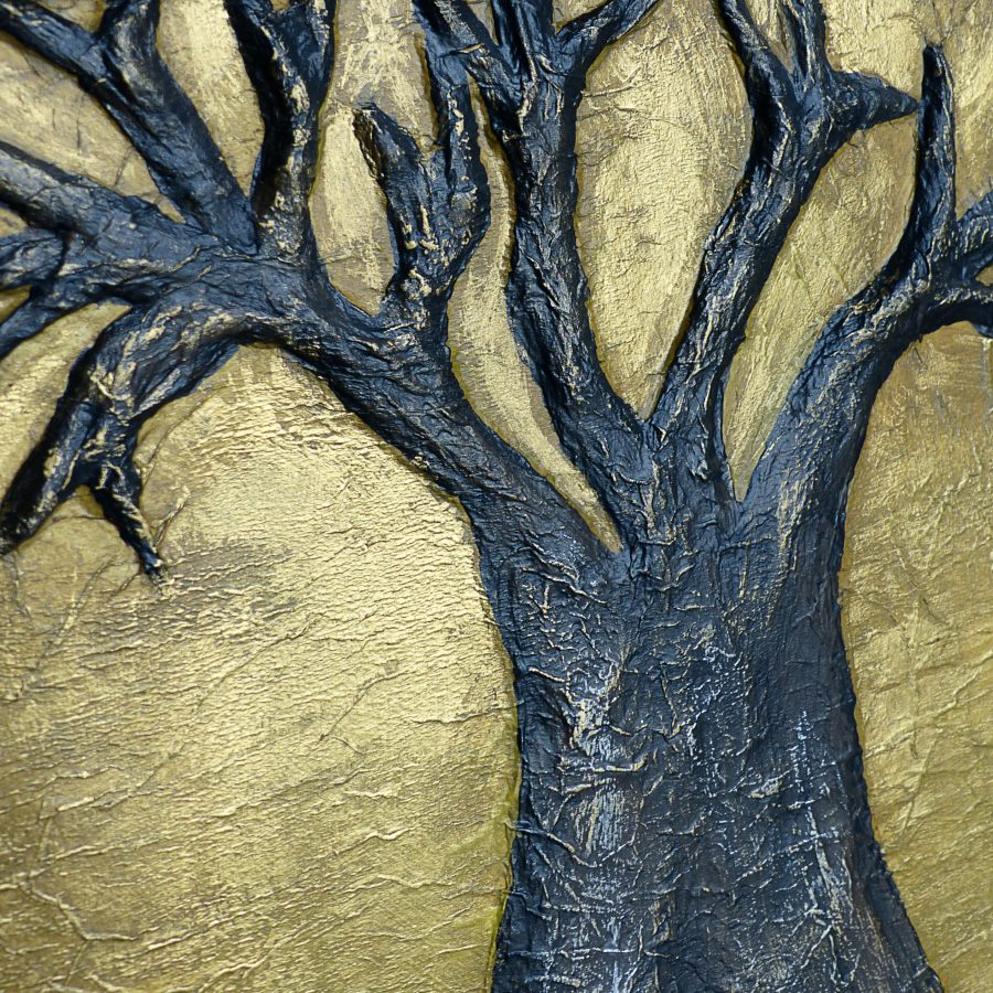detail2-venerable-tree-tiphanie-canada