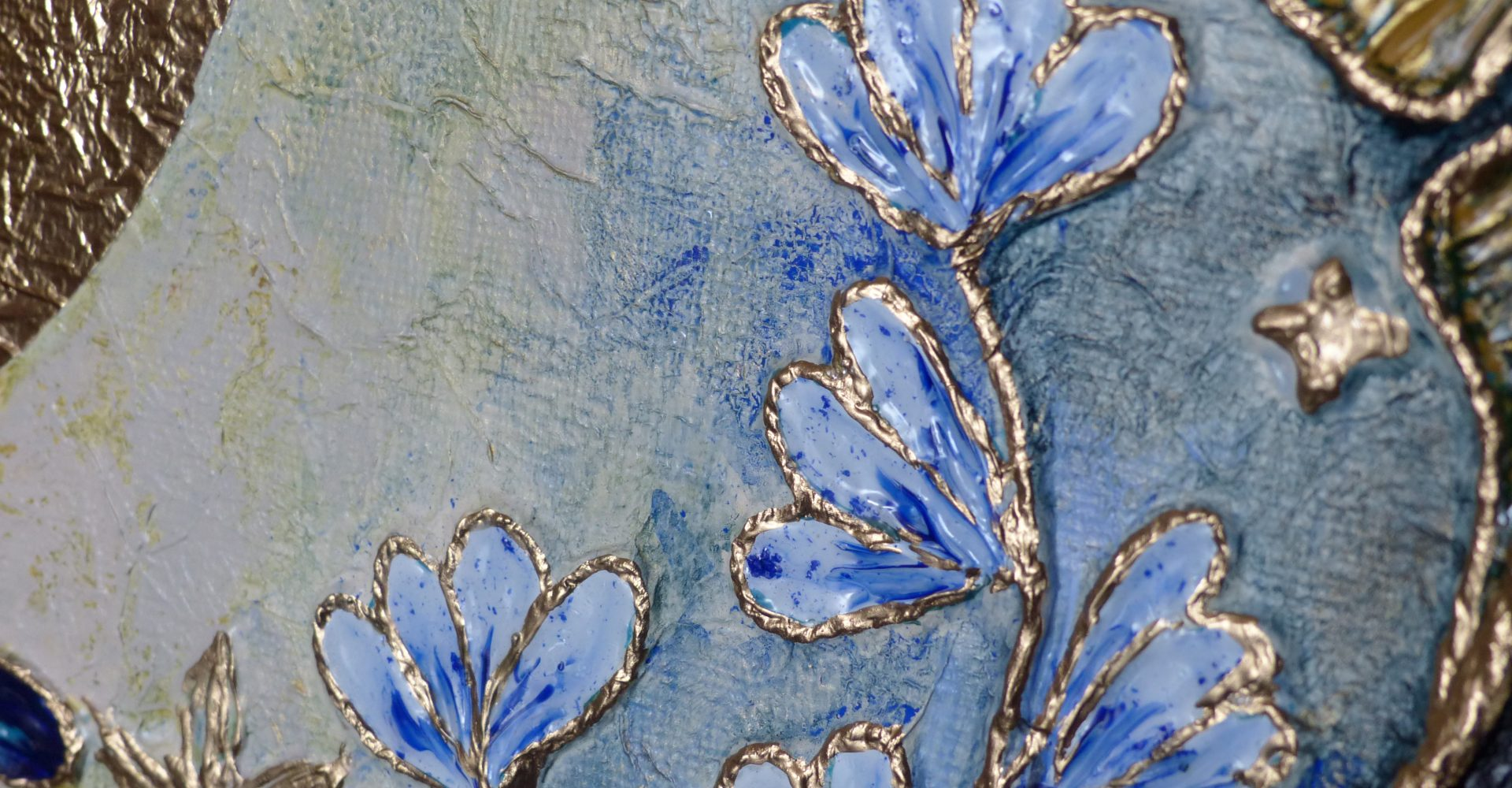 light-blue-flowers-radiance-2020-tiphanie-canada-artiste-peintre-pays-basque